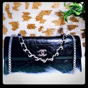 Auth CHANEL Purse 🖤
